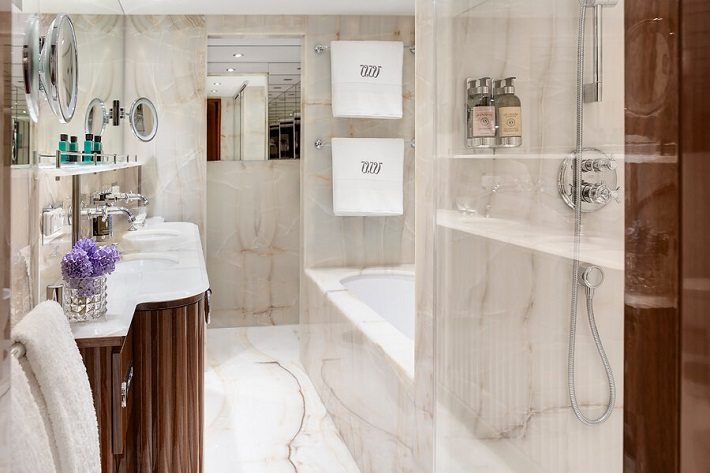 Bathroom - Uniworld Joie de Vivre