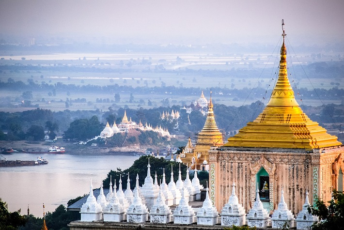 Hazy view over the temples of Mandalay