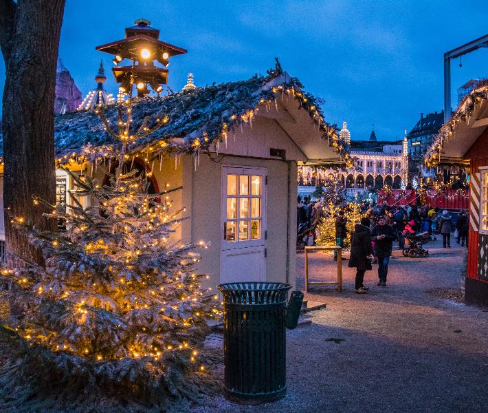 Budapest winter festival on the Danube