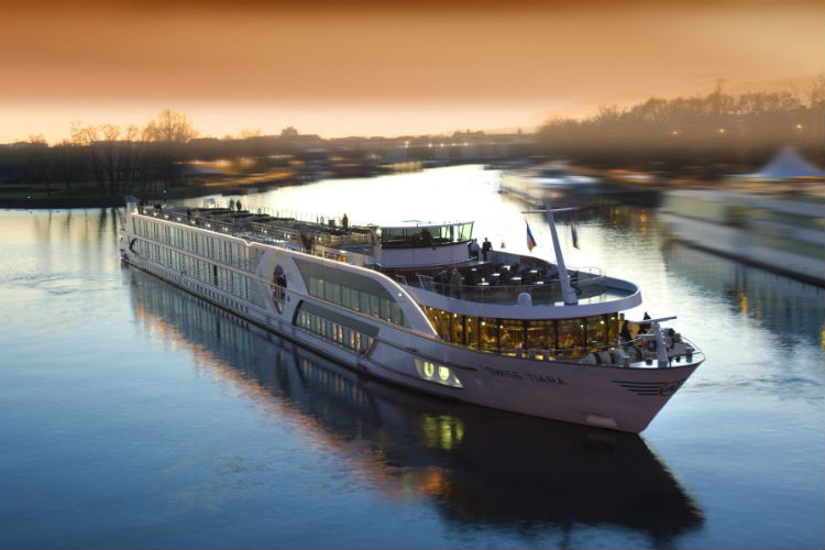 River cruise ship - Riviera Travel