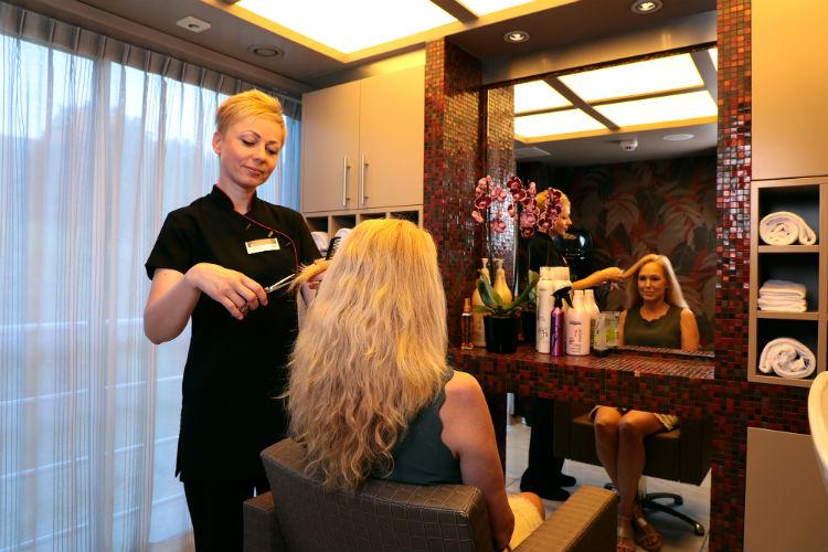 Hair Salon - AmaWaterways
