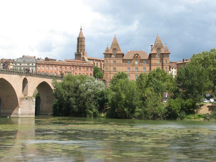 Bridge over the Dordogne river in France
