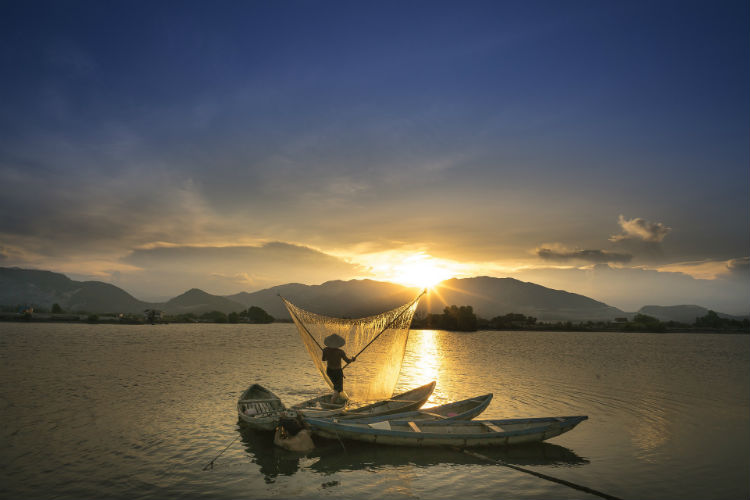 Fisherman along the Mekong - Vietnam, Asia